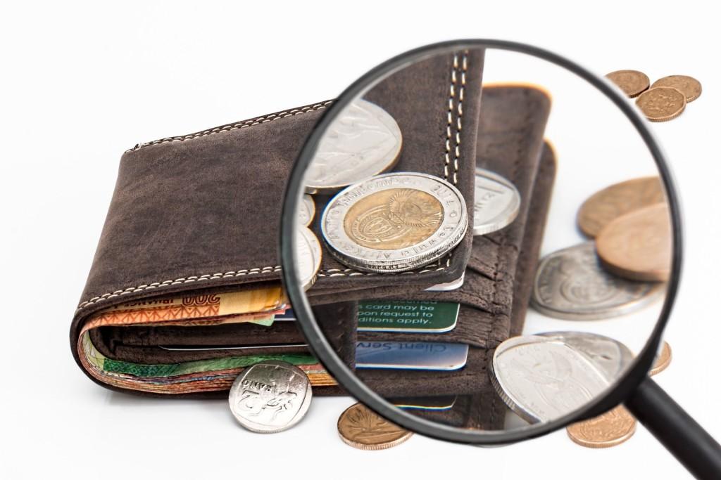 Geld-Lupe_pixabay